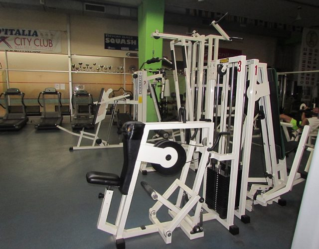 Macchine sala pesi 12